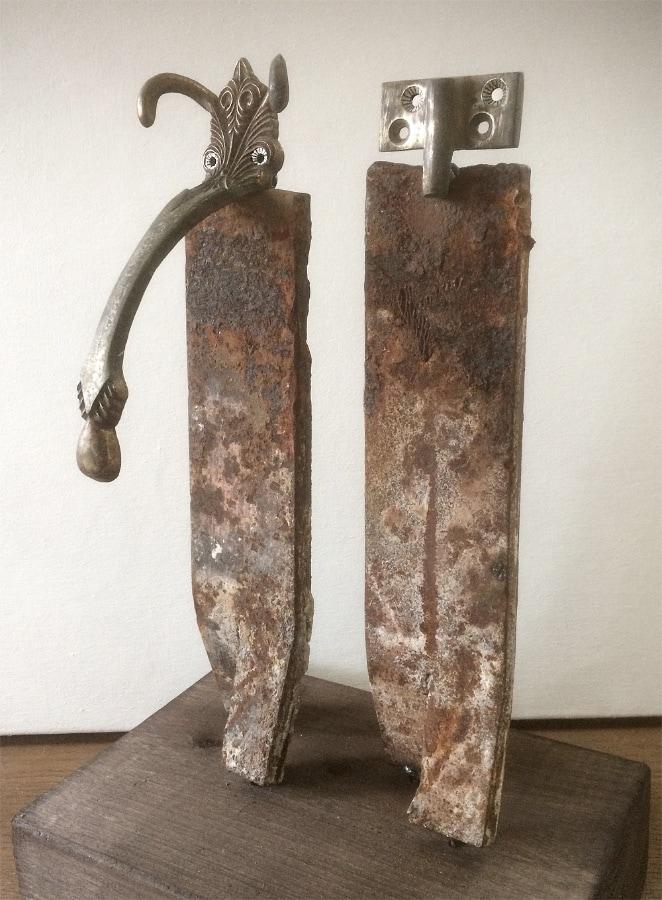 Ganesha Co 2020 38x23x16 cm oud ijzer gesso en inkt